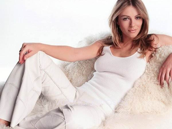 elizabeth-hurley-is-the-sexist-woman-in-britain-photos-20