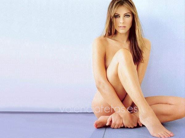 elizabeth-hurley-is-the-sexist-woman-in-britain-photos-8